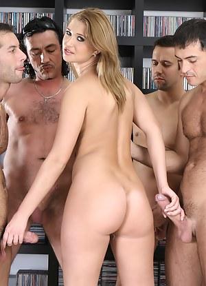 Big Ass Handjob Porn Pictures