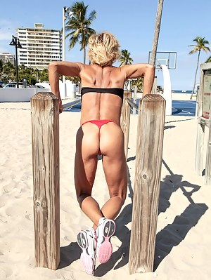 Big Ass Muscle Porn Pictures