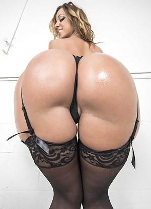 Big Ass Thong Porn Pictures